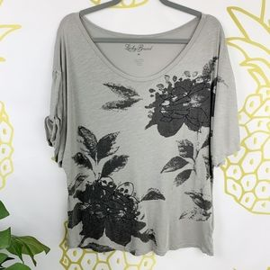 Lucky Brand | Gray Boat Neck Floral Top!